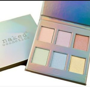Naked cosmetics highlighter palette